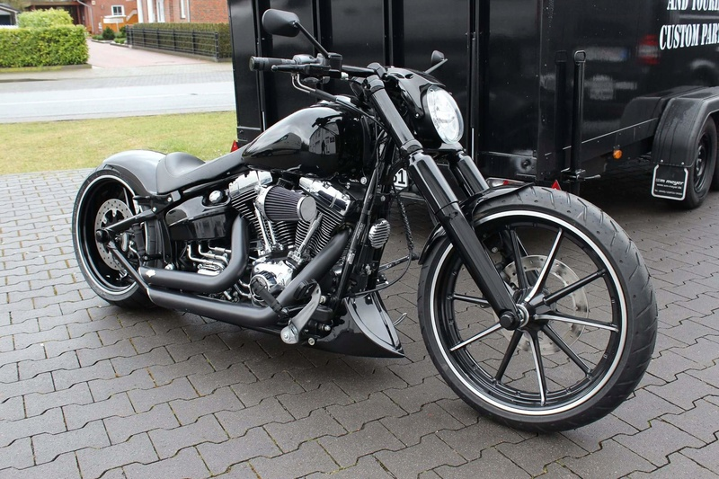 Softail Breakout - Page 35 12764712