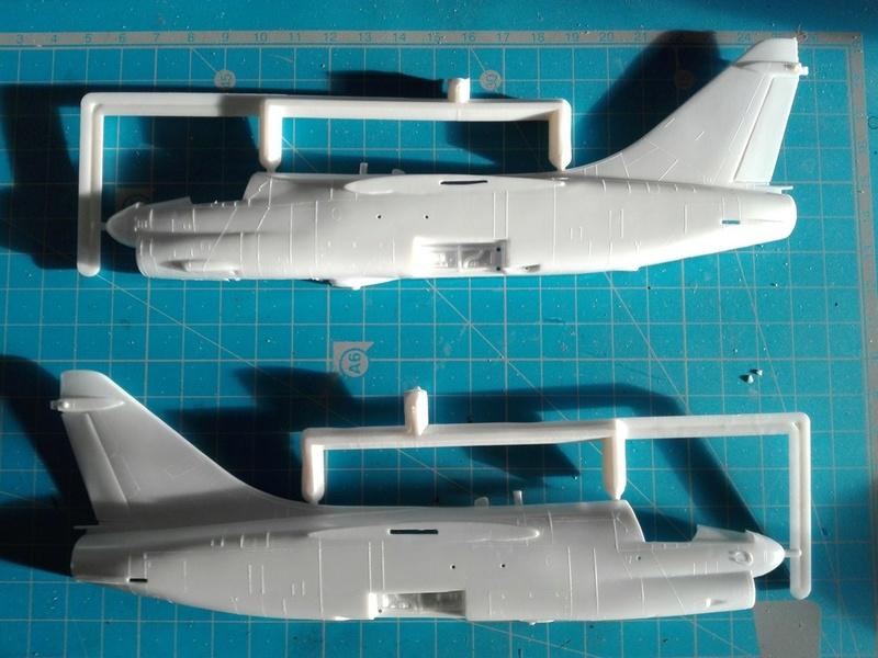 Corsair II A-7 1/72 Img_2056
