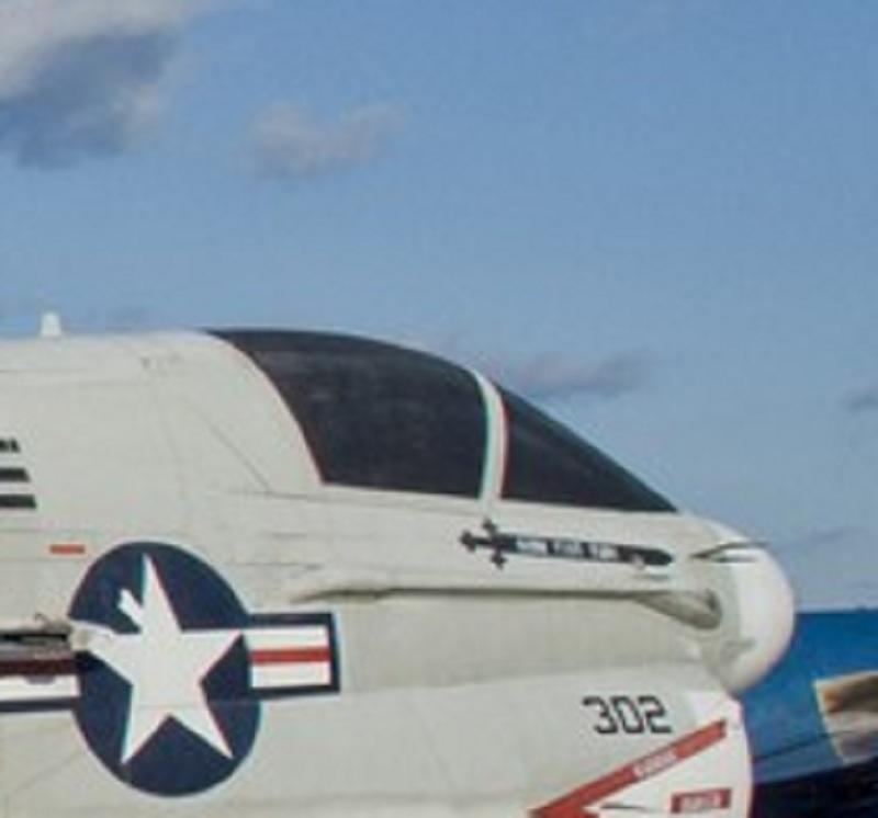 Teinter une verrière d'avion? Verriy11