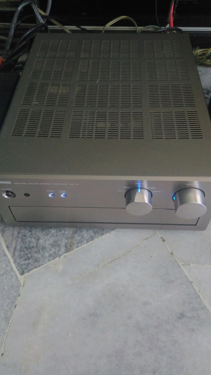 Yamaha AX-10 integrated amplifier (used) (sold) Img_2036
