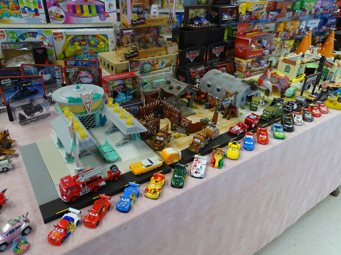 Exposition Cars Toys R Us - Page 2 Ph2710