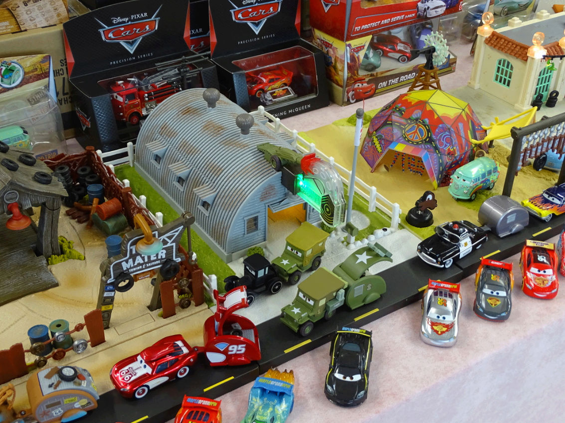 Exposition Cars Toys R Us - Page 2 Ph3210