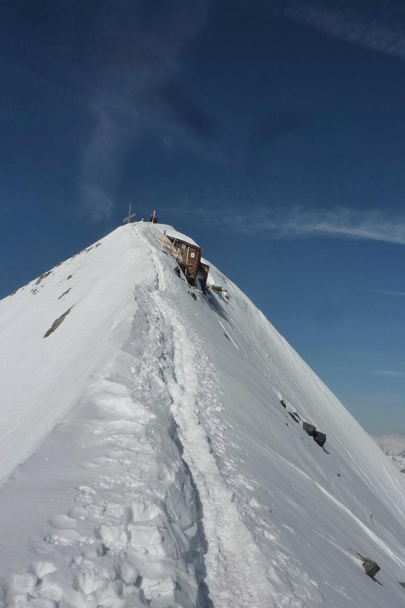 Le Gran Zebru 3851 m  Dernier jour , Point d'orgue du raid. J7-12-10