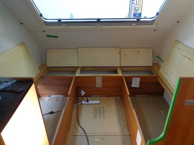 Projet d'auto-construction de caravane Dsc02717