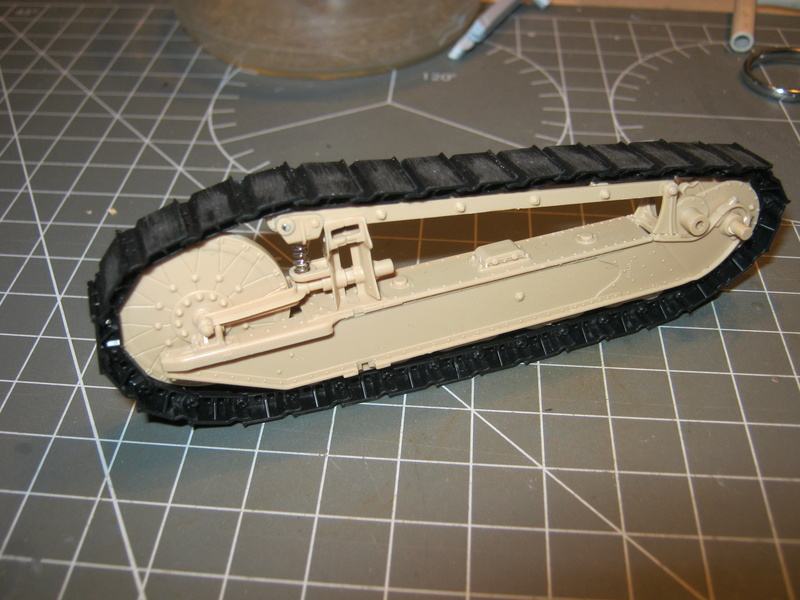 FT-17 Meng 1/35 - Page 3 Img_5822