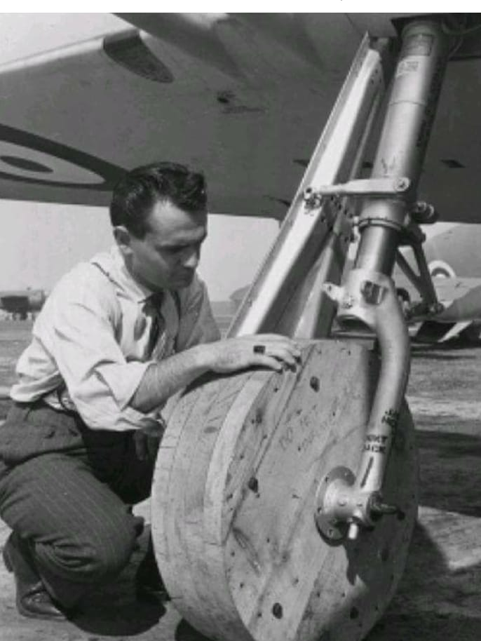 P-38 Lightning-Roddie style..  - Page 5 D3cf8e10