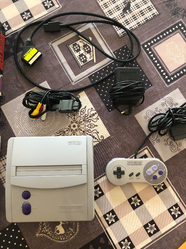 [EST] Super Nintendo en boite, comme neuve + 13 jeux + cable rgb - dézonnée -  Super_11
