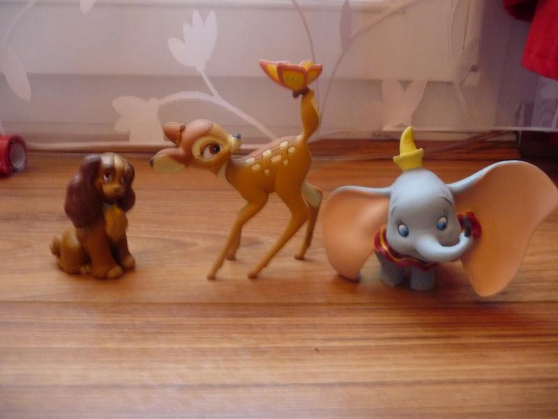 [Vente] Les petites ventes d'Anacoluthe - poupée Animator's, peluches, pin's, figurines P1290519