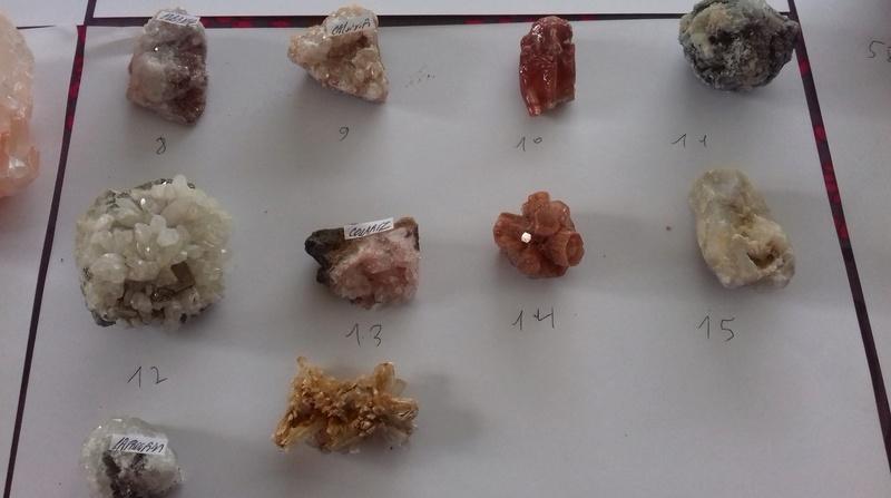 Besoin d'aide identifications de ma collection de minéraux 210