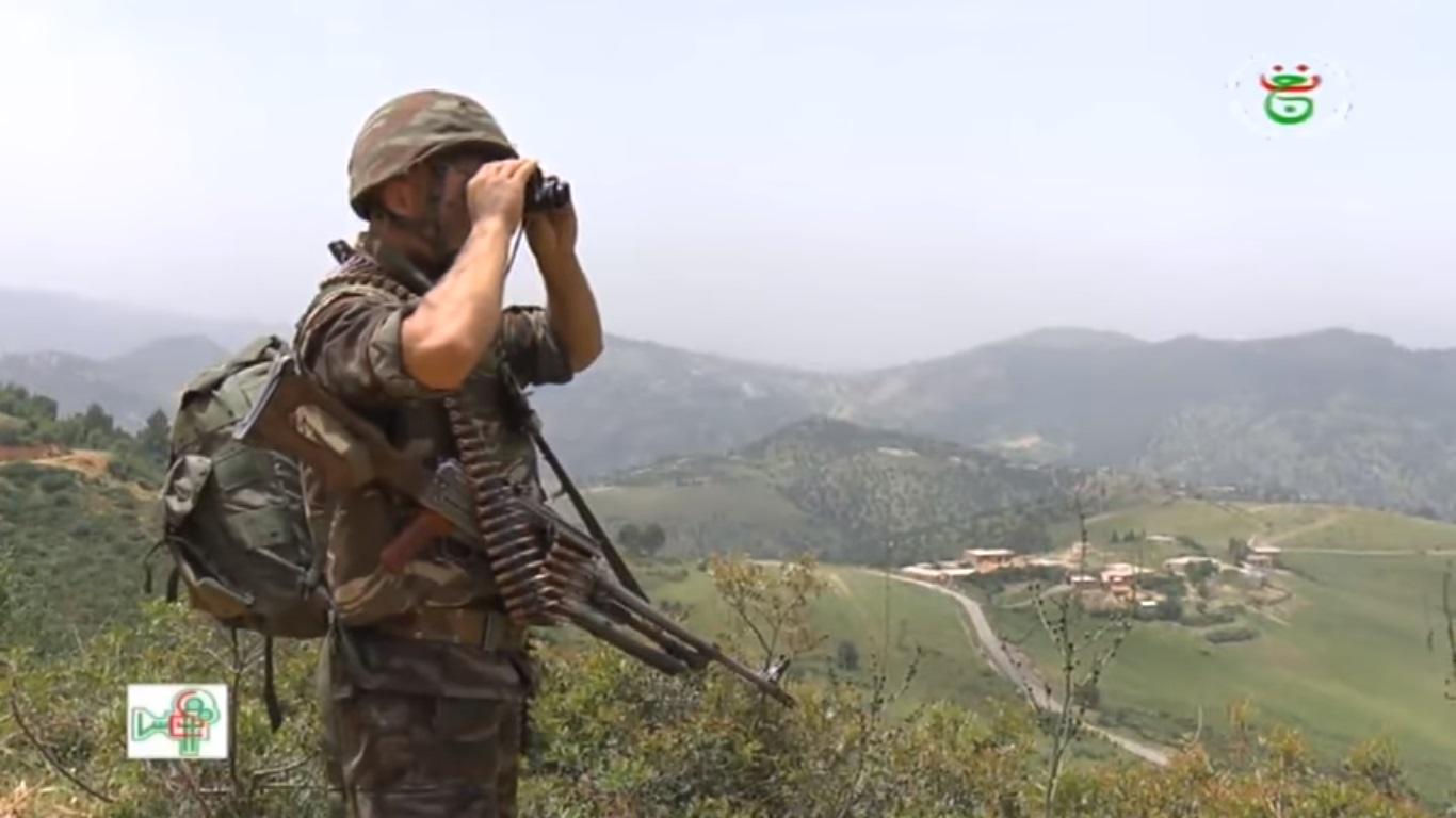 موسوعة الصور الرائعة للقوات الخاصة الجزائرية - صفحة 64 Iuiuy12