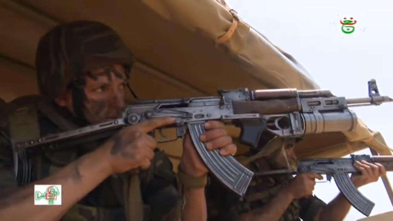 موسوعة الصور الرائعة للقوات الخاصة الجزائرية - صفحة 64 Oiuiu10