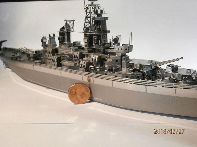 USS Missouri kit métal au 1/800 - Page 2 P2270118