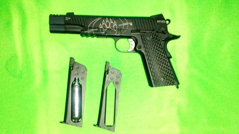 Vends Glock et 1911 Dsc_0213