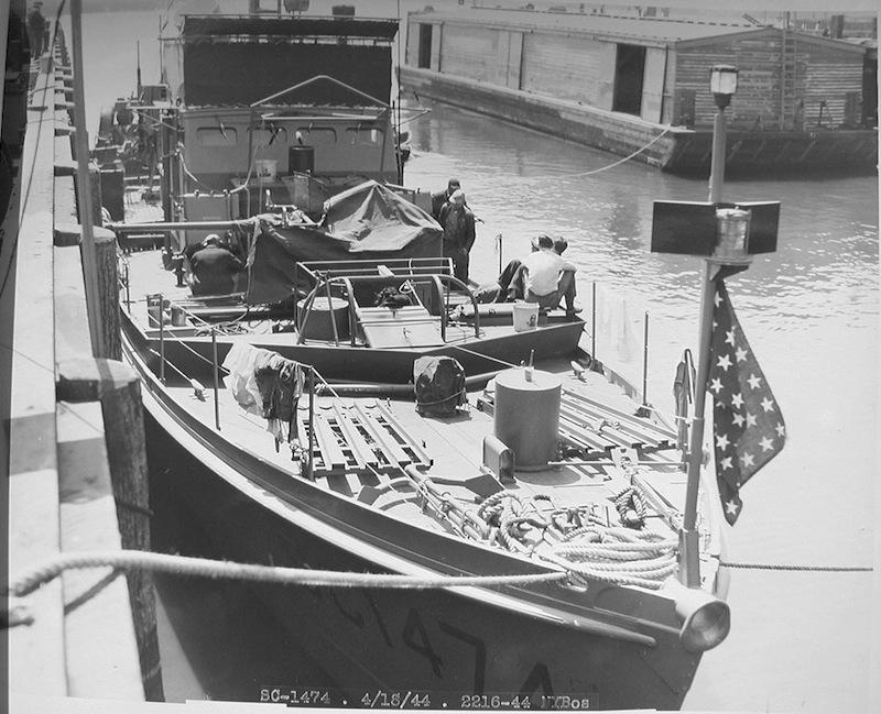 Chasseur de sous-marins CH123 au 1/50 selon plans AAMM - Page 2 Brise-11