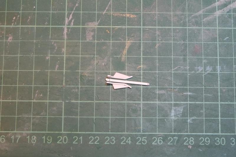 Chasseur de sous-marins CH123 au 1/50 selon plans AAMM Dscf4218