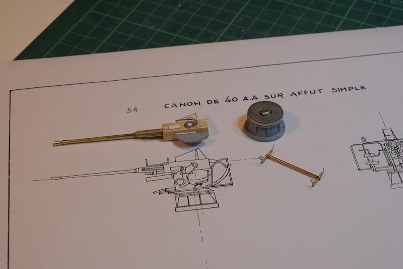 Chasseur de sous-marins CH123 au 1/50 selon plans AAMM - Page 2 Dscf4223
