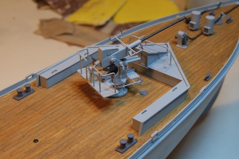 Chasseur de sous-marins CH123 au 1/50 selon plans AAMM - Page 2 Dscf4231
