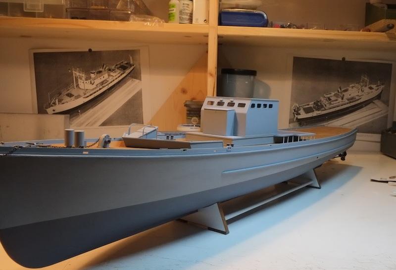 Chasseur de sous-marins CH123 au 1/50 selon plans AAMM - Page 3 Dscf4241