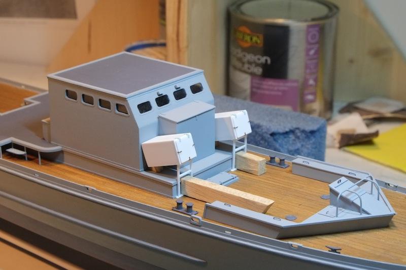 Chasseur de sous-marins CH123 au 1/50 selon plans AAMM - Page 3 Dscf4244