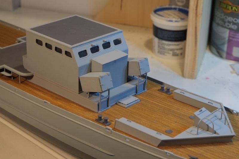 Chasseur de sous-marins CH123 au 1/50 selon plans AAMM - Page 3 Dscf4245
