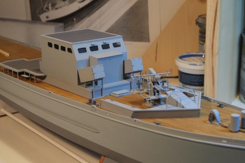 Chasseur de sous-marins CH123 au 1/50 selon plans AAMM - Page 3 Dscf4246