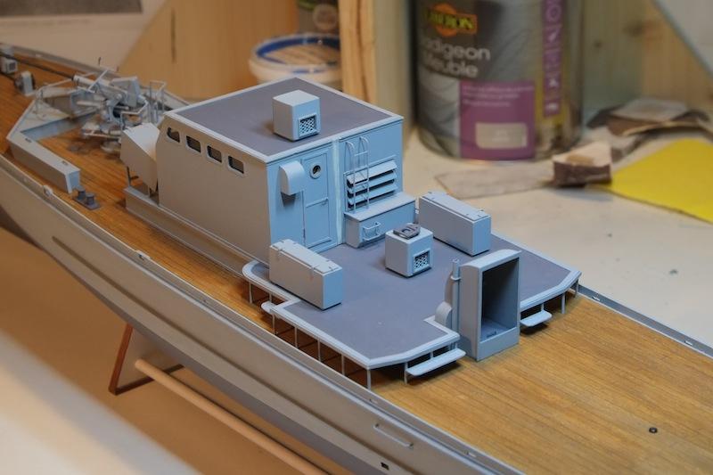 Chasseur de sous-marins CH123 au 1/50 selon plans AAMM - Page 3 Dscf4249