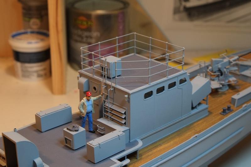 Chasseur de sous-marins CH123 au 1/50 selon plans AAMM - Page 4 Dscf4251
