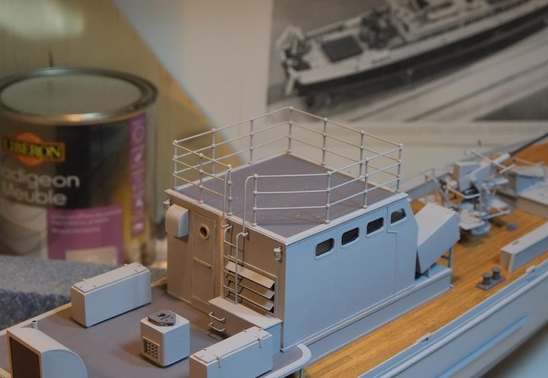 Chasseur de sous-marins CH123 au 1/50 selon plans AAMM - Page 4 Dscf4252