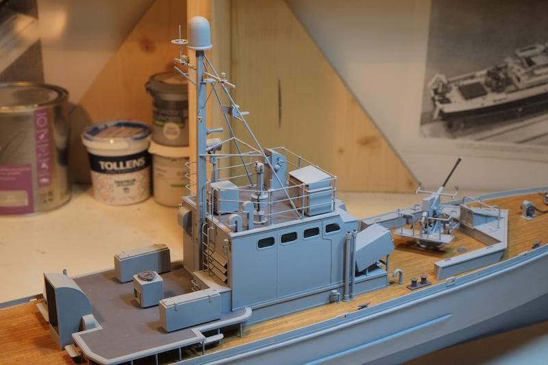 Chasseur de sous-marins CH123 au 1/50 selon plans AAMM - Page 4 Dscf4261