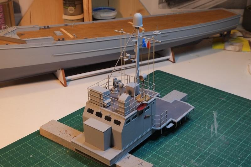 Chasseur de sous-marins CH123 au 1/50 selon plans AAMM - Page 5 Dscf4264