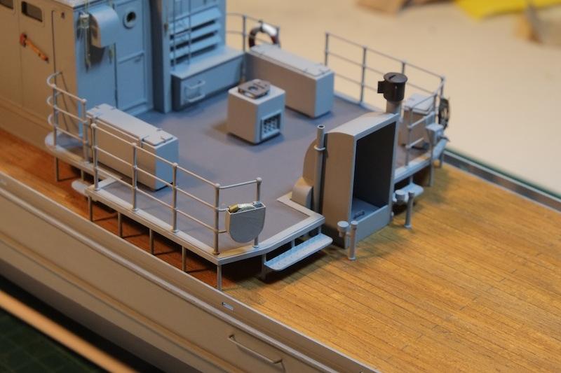 Chasseur de sous-marins CH123 au 1/50 selon plans AAMM - Page 5 Dscf4267