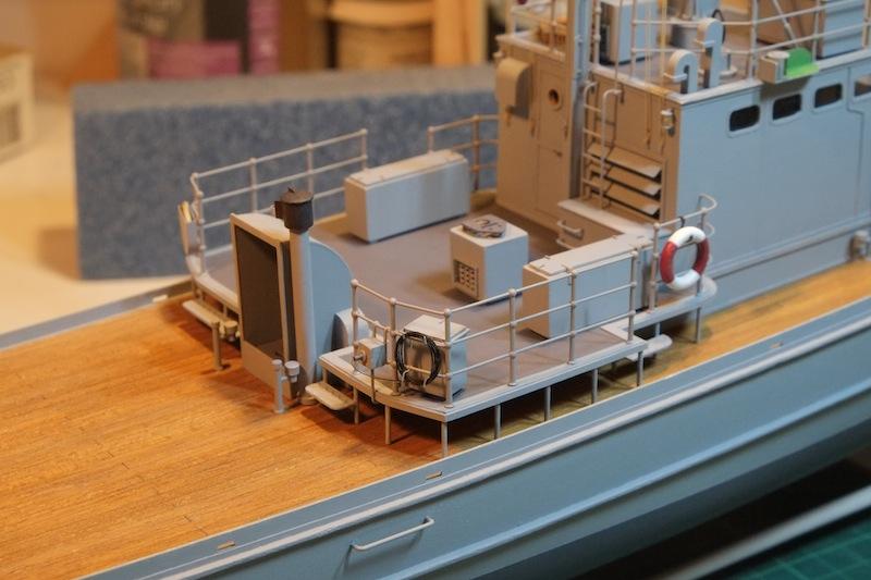 Chasseur de sous-marins CH123 au 1/50 selon plans AAMM - Page 5 Dscf4268