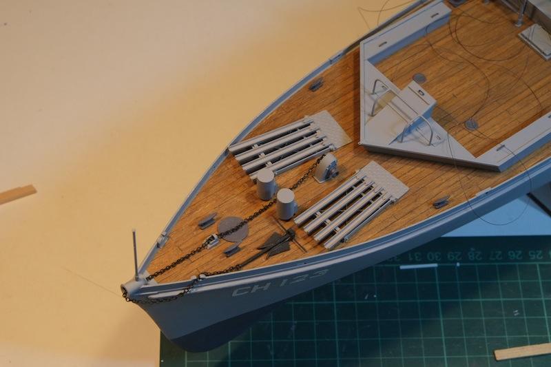 Chasseur de sous-marins CH123 au 1/50 selon plans AAMM - Page 5 Dscf4269