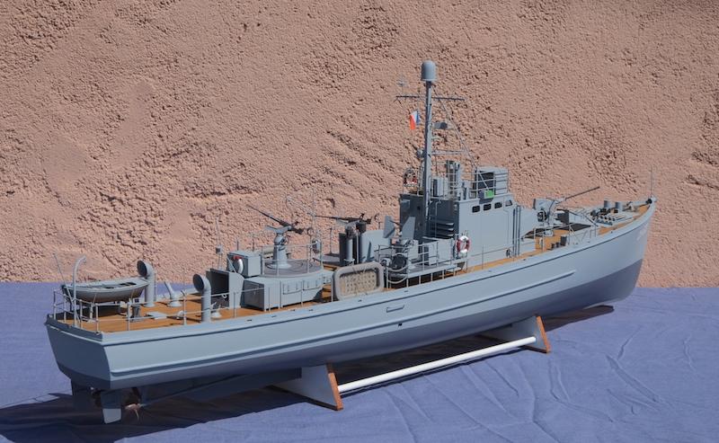 Chasseur de sous-marins CH123 au 1/50 selon plans AAMM - Page 8 Dscf4326