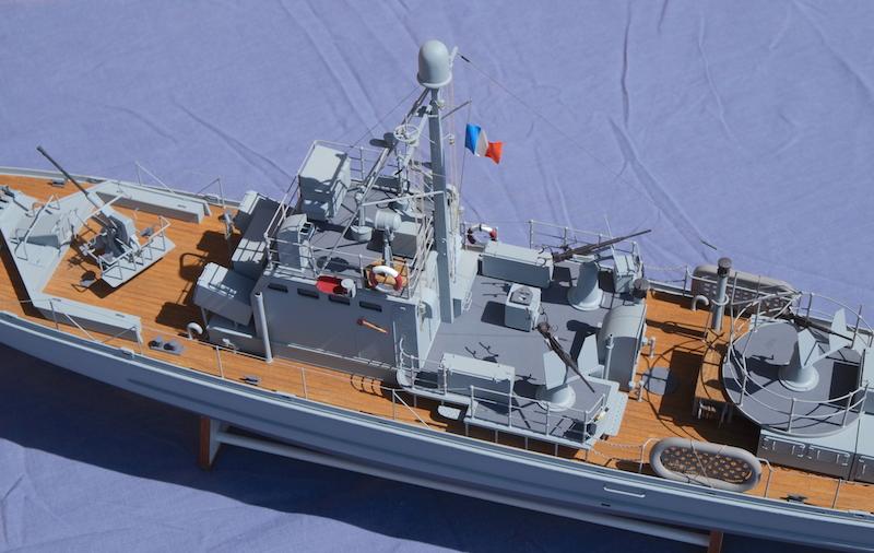 Chasseur de sous-marins CH123 au 1/50 selon plans AAMM - Page 8 Dscf4332