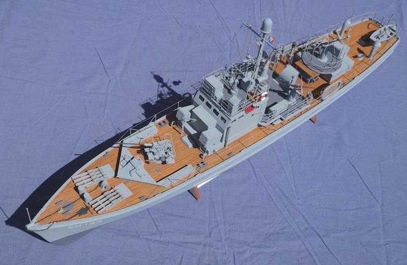 Chasseur de sous-marins CH123 au 1/50 selon plans AAMM - Page 8 Dscf4343