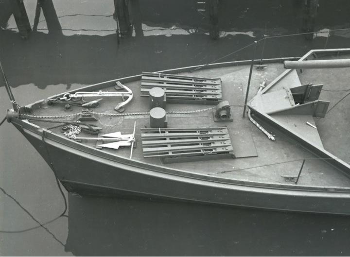 Chasseur de sous-marins CH123 au 1/50 selon plans AAMM - Page 5 Mouset10