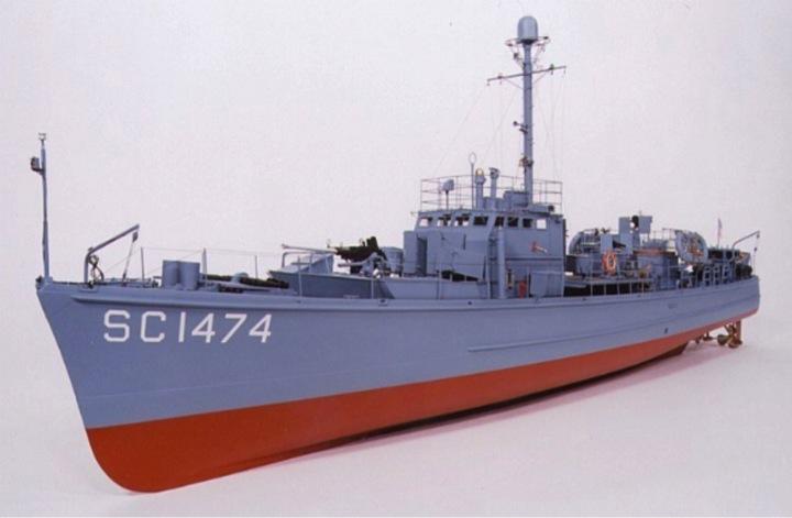 Chasseur de sous-marins CH123 au 1/50 selon plans AAMM Sc147410