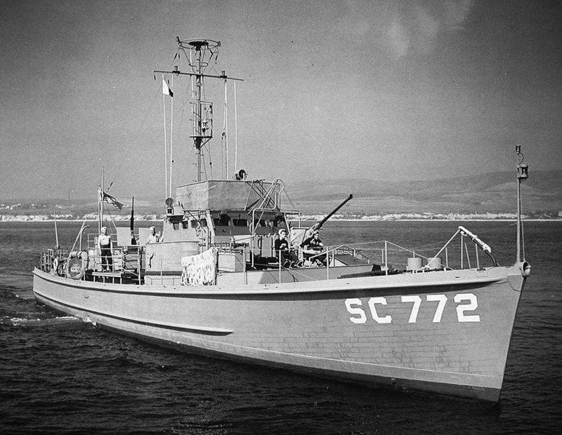Chasseur de sous-marins CH123 au 1/50 selon plans AAMM - Page 5 Starbo10