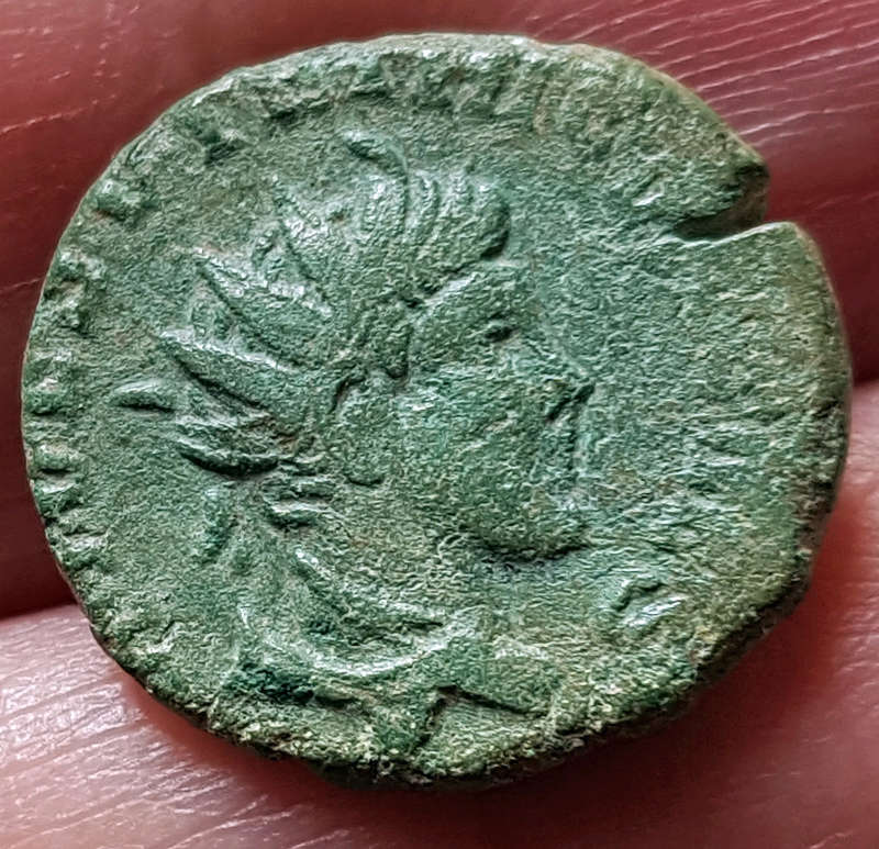 Une petite romaine à identifier SVP ! Roro2a11