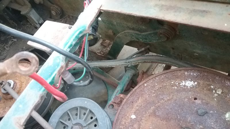 Vari drive with 5 speed transaxle - Page 5 Mower_13