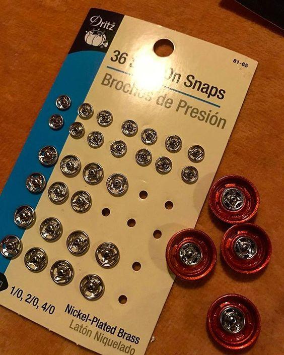 Des roues avec des boutons pression Img_3919