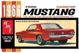 Recherche capot Mustang Amt Img_4433