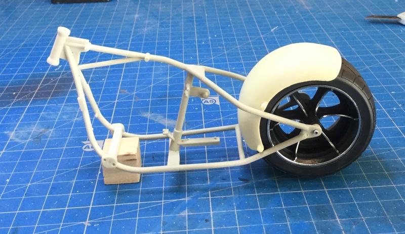 Nouveau Chopper jante large - Page 2 Img_5138