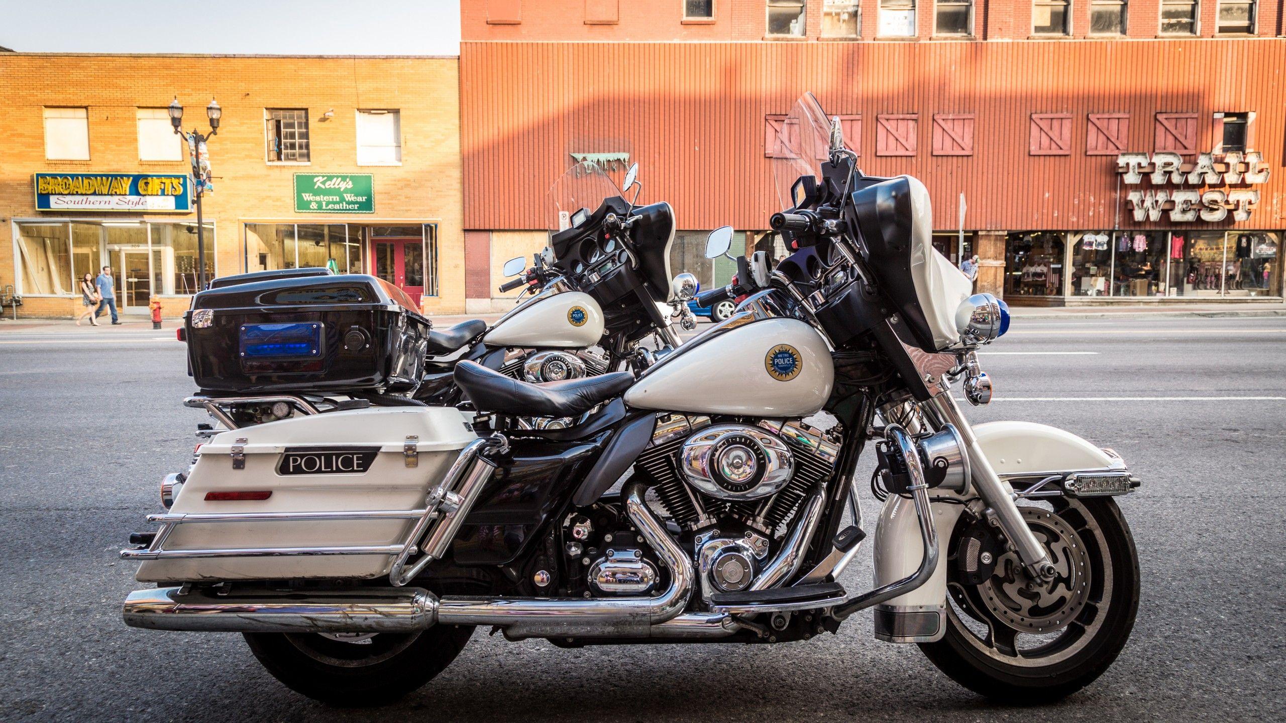 California Highway Patrol Harley 1/6 Img_5245