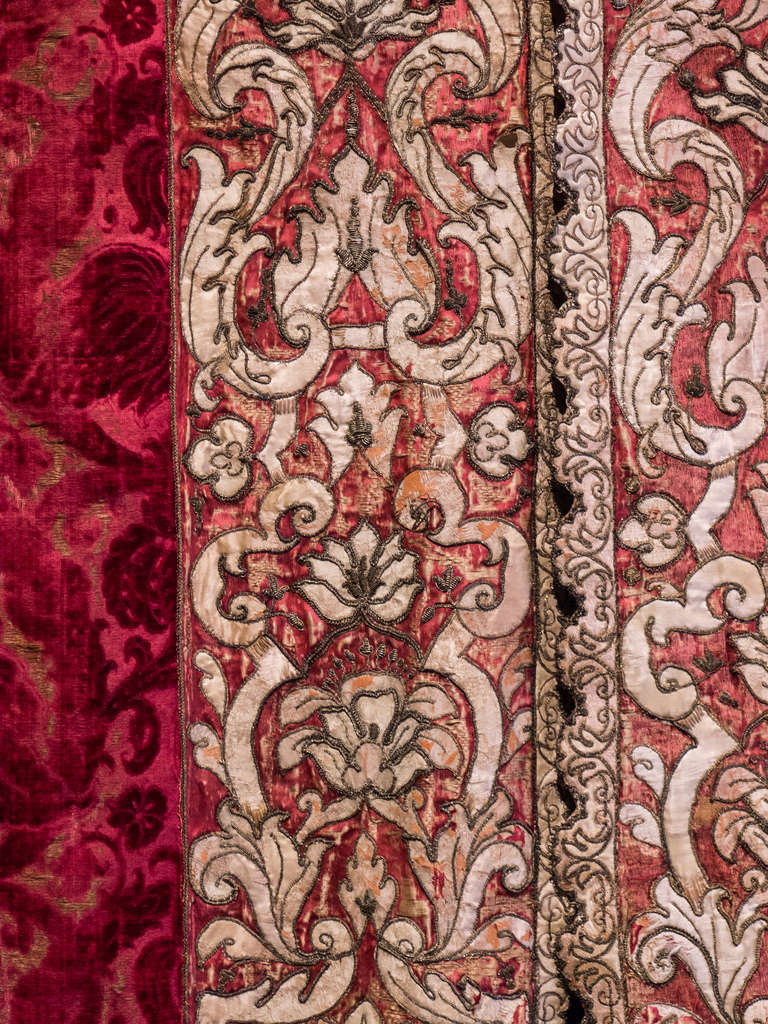 Lits historiques du XVe au XVIIIe s. usages, formes & décors 86358410