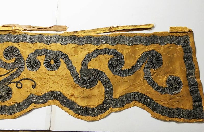 Lits historiques du XVe au XVIIIe s. usages, formes & décors Bett_110