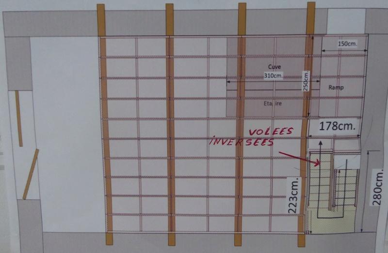 Escalier pour le garage et grenier 00610