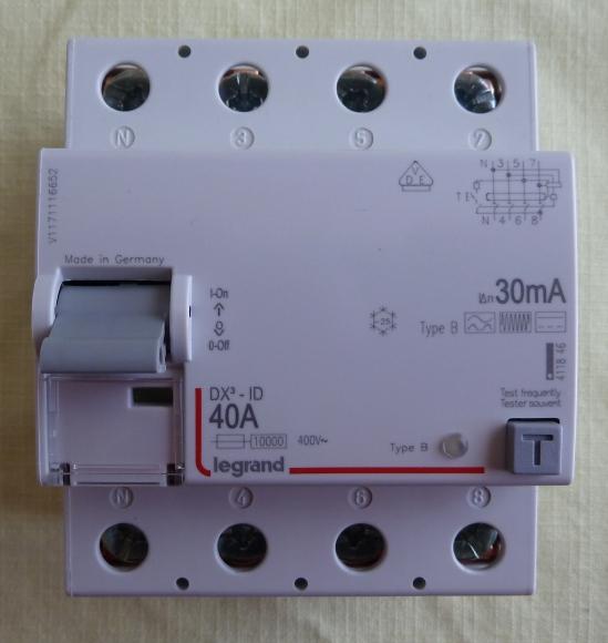 Conversion de ma borne de monophasé 7 kW en triphasé 22 kW P1040317
