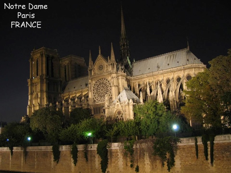 Promenade nocturne - identifiez le monument, la ville et le pays X_11_f12